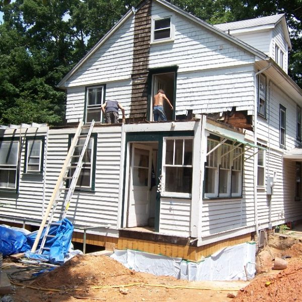 Photo of before the master bedroom addition was constructed