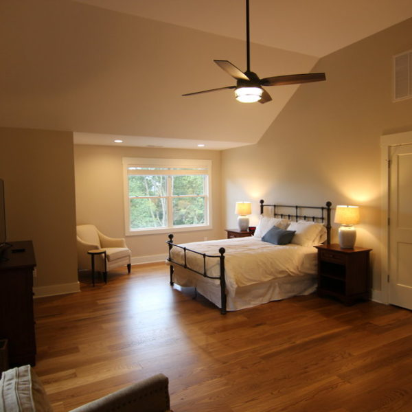 Traditional master bedroom design